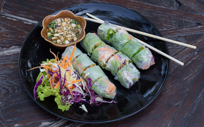Fresh Rolls with Shrimp and Peanut Dipping Sauce